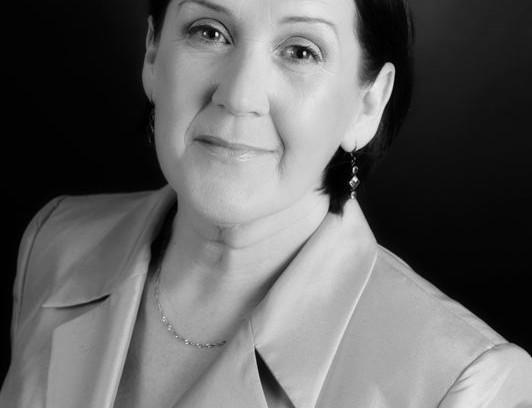 Sally Lewis