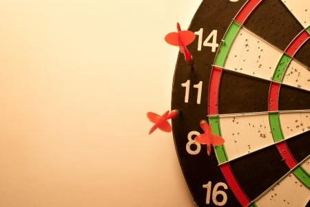darts miss target